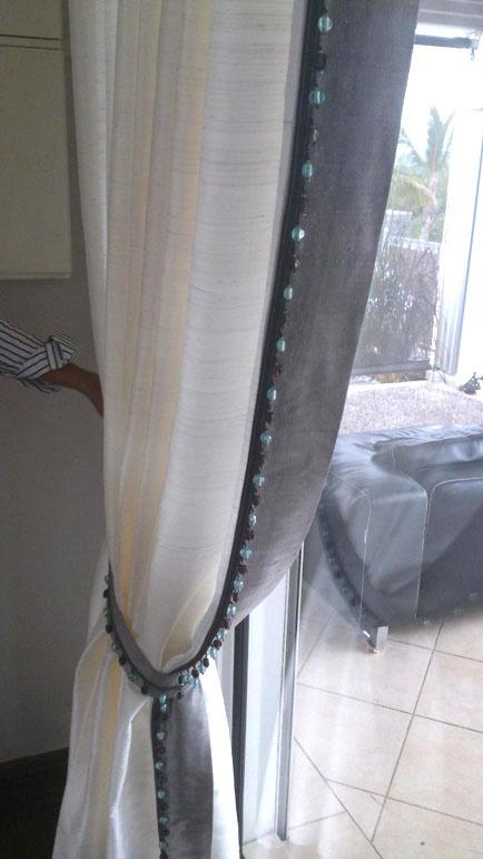 Voilage avec galon à perles